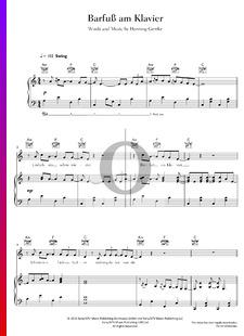 Barfuß am Klavier